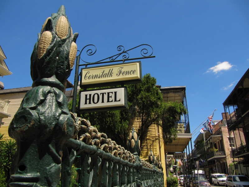 ...the Cornstalk Fence Hotel... ...each kernel is visible...now that's good iron work.